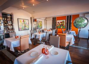 Restaurant Le Fanal étoilé Michelin  - Mobilier de terrasse - Comparelend