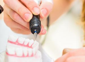 Prothy Cool - Prothésiste dentaire - Comparelend